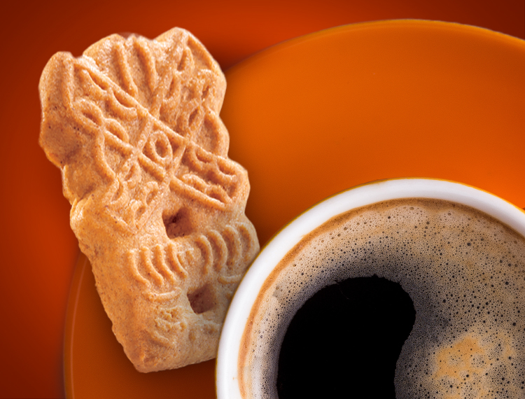 A Speculaas Koekie served with coffee